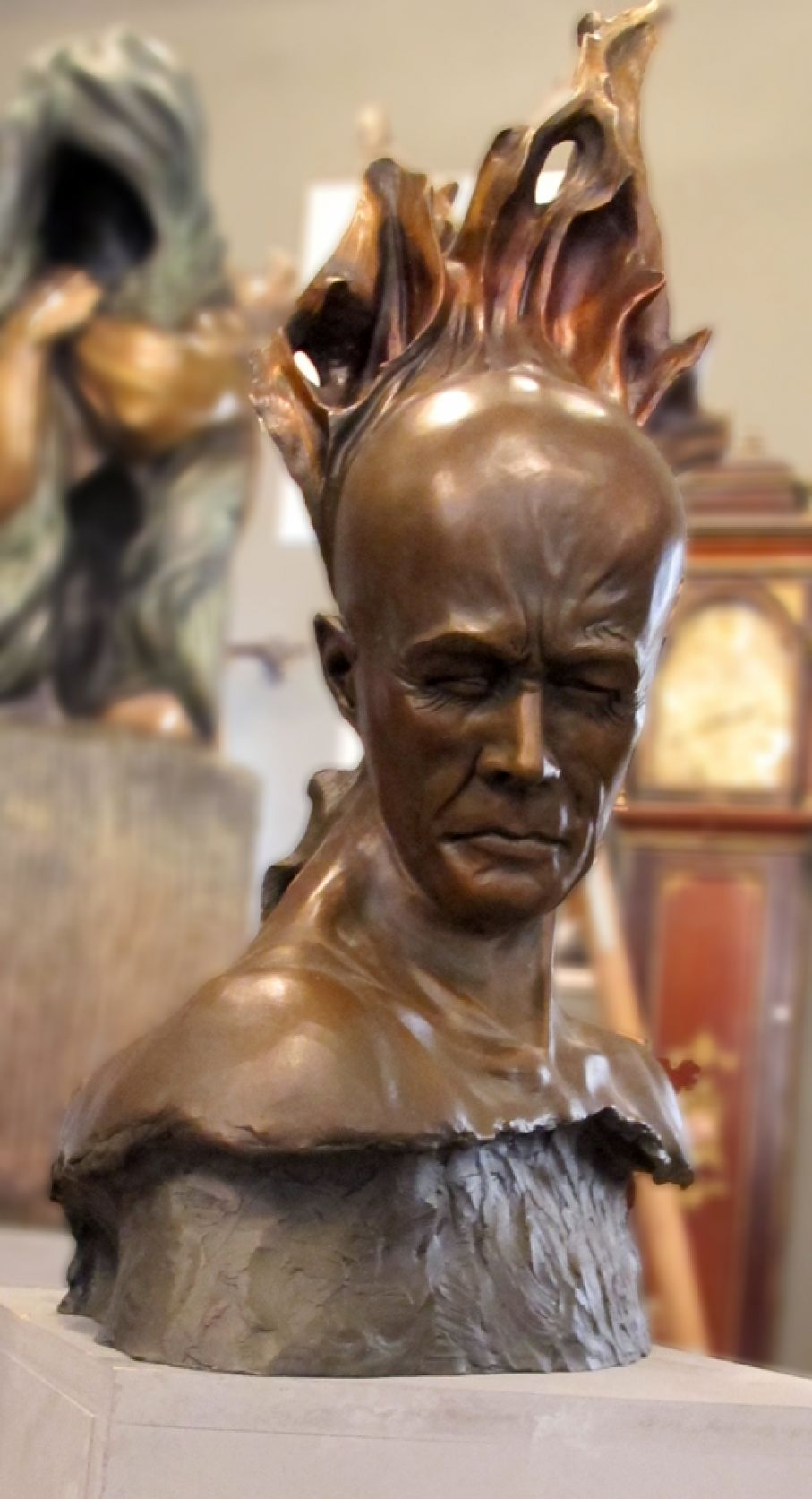 Original bronze sculpture of  Edward Fleming with patina.  Dimensions: 59 X 40 X 22 cm (without its base).